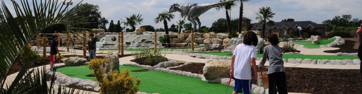 A Guide to Dinosaur Safari – Hole 1 to 4